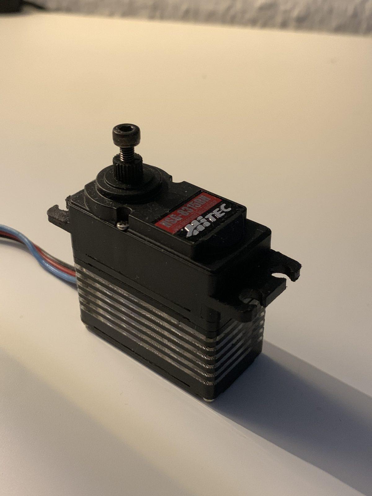 51096ED9-0DE1-4DC5-BC13-CF40DFE31BF1